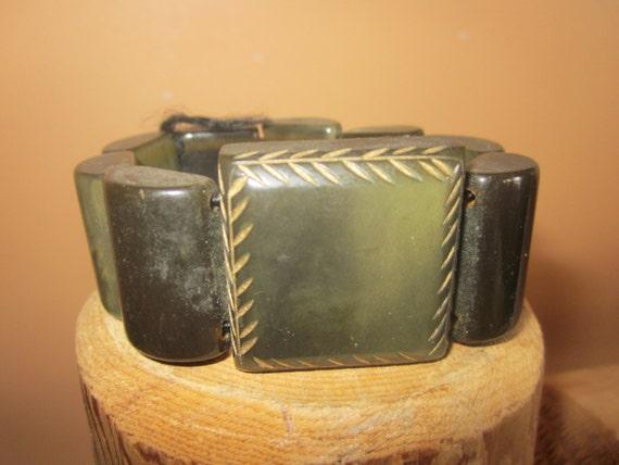 dk green bakelite bracelet, stretch link bracelet… - image 1