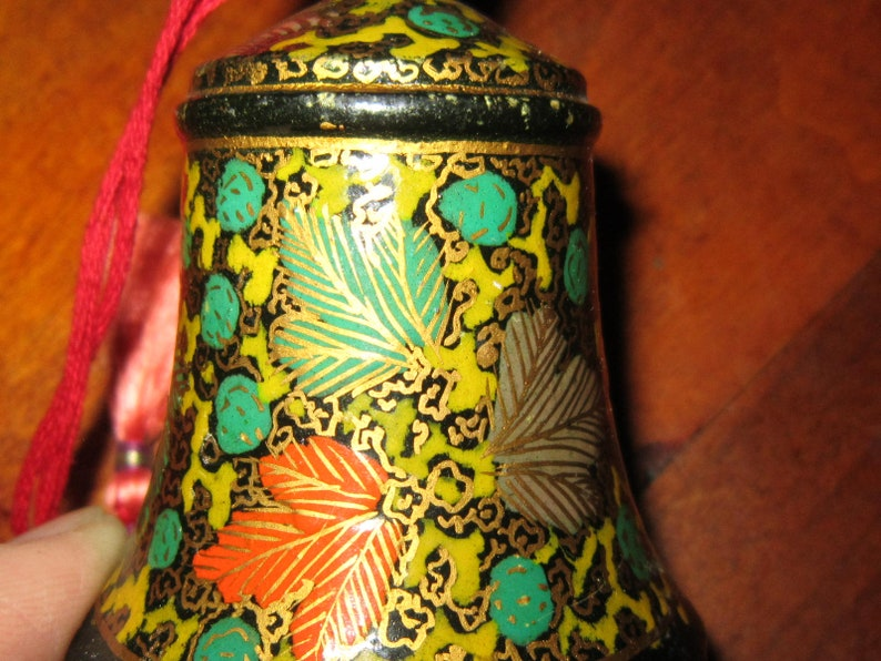 8 russian handpainted wood christmas ornaments bells one round  gorgeous 8 ornaments