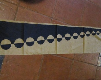 "vintage vera vertical scarf optical illusion 50"" long"