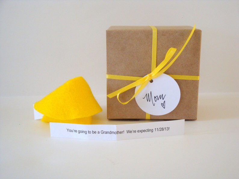ONE 1 Felt Fortune cookie baby announcement pregnancy image 0