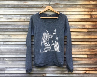Mountains Sweatshirt, Cozy Sweater, Comfy Pullover, Autumn, Yoga, Hiking, Camping, Gym