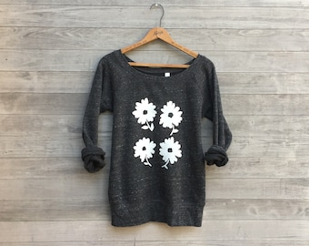 farmer's market Top, Daisy Sweater, Yoga Top, Gift for Mom, Floral Sweater, Daisy Sweater, Gift for a Gardener