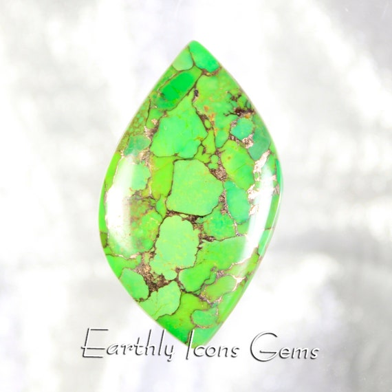 Green Kingman Mohave Turquoise Designer Cut Cabochon