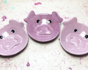Pig Ceramic Dish, small bowl, jewelry, ring holder, catchall, candy dish, home decor, soap dish, candle holder, teabag holder, spoon rest.