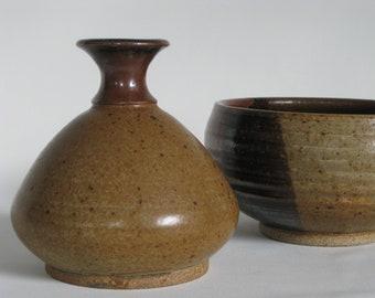Vintage studio pottery weed vase, speckled glaze, bohemian decor, modern farmhouse, vintage stoneware, 1970s decor
