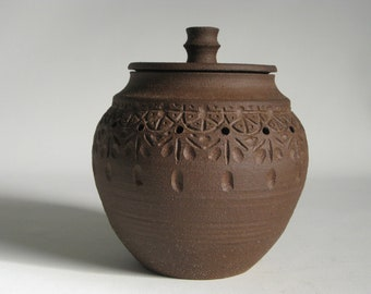 Vintage arts and crafts studio pottery jar with lid, terracotta, stoneware, Frank Lloyd Wright style, Art Deco, art nouveau