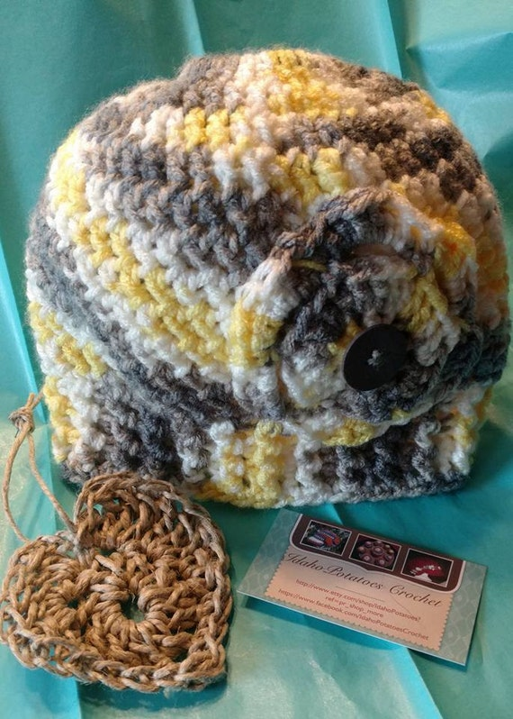 Items similar to Messy Bun Hat, Ponytail Hat, Crochet Messy Bun Hat on Etsy