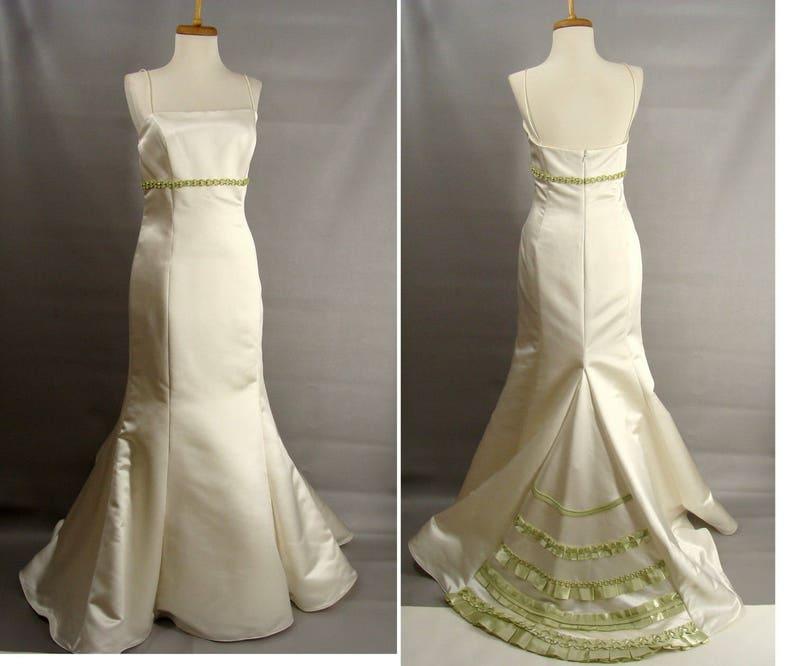 Spaghetti Strap Trumpet Wedding Dress Short Train Celery Green image 0