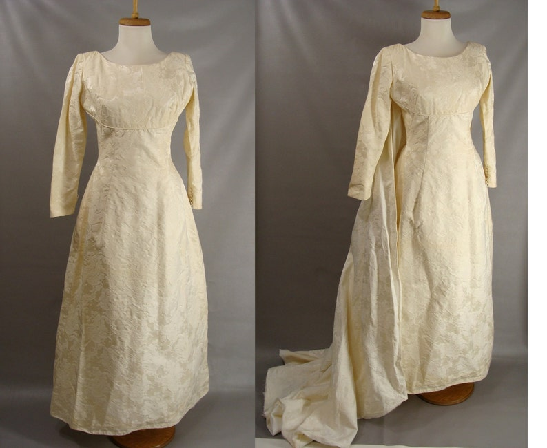 50s 60s Wedding Dress Off White Brocade Dress w/Detatchable image 0