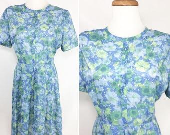 vintage Day Dress 50s Floral Dress Blue Green Flower Dress 60s Dress Lightweight Summer Dress Spring Dress Short Sleeve Pleated Skirt M 8 10