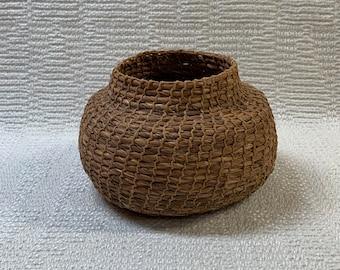 E1343 Siberian Iris Leaf Closed Coiled Basket - Open Coiled Technique