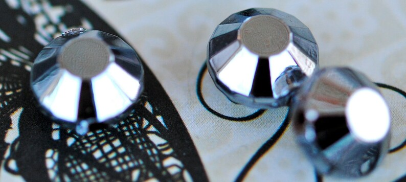 SPARKLEFEST,Gunmetal Faceted Saucer Beads 12 Vintage Beads 8x12mm, b-141