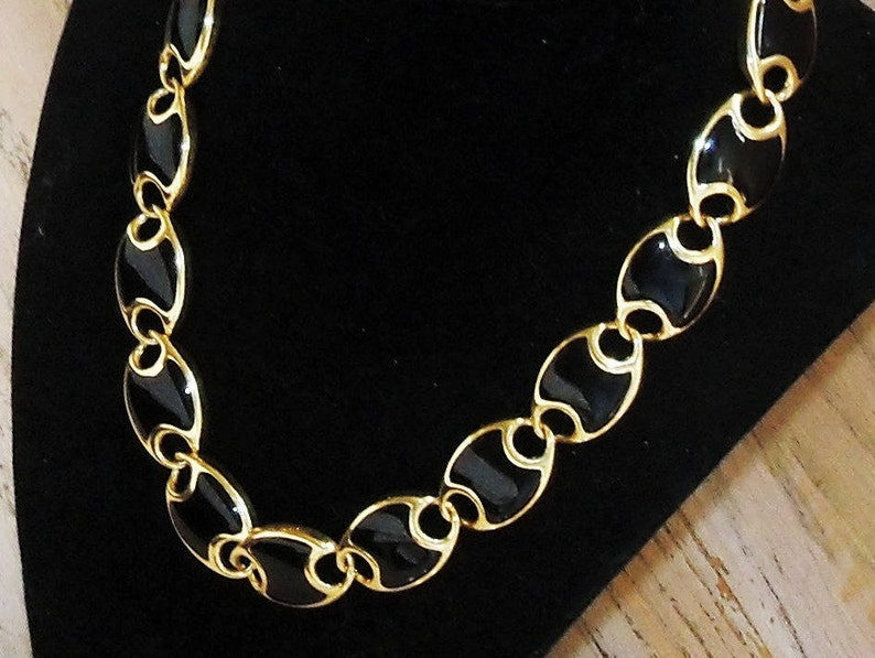 Necklace Black and Gold Links Mid Century Minimalist Toggle Clasp Vintage Jewelry Wedding Bridal Party Prom Vendimia Collar