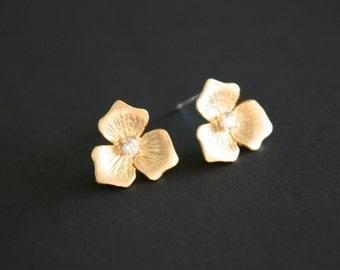 White Gold Trillium flower Earrings - zirconia, sterling silver post, birthday wedding gift, bridal wedding jewelry, bridesmaid gift
