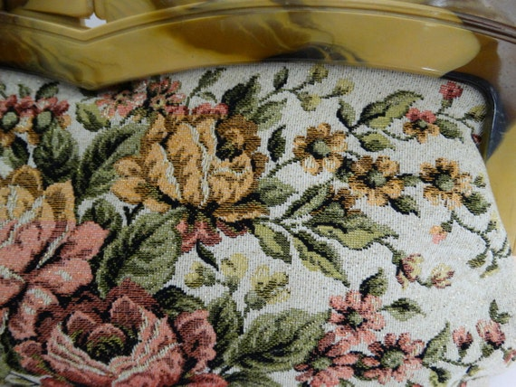 Vintage 1950s Purse//50s Purse//Tapestry with gol… - image 4