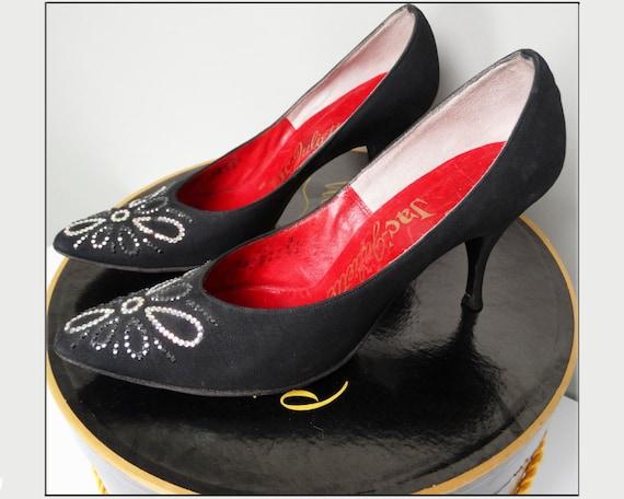 Vintage 1950s Stiletto Heels//Black//Rhinestones//