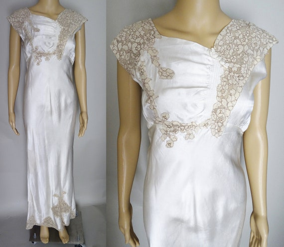 Vintage 1940s Nightgown, 40 Rayon Gown, Lace Detai