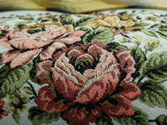 Vintage 1950s Purse//50s Purse//Tapestry with gol… - image 2