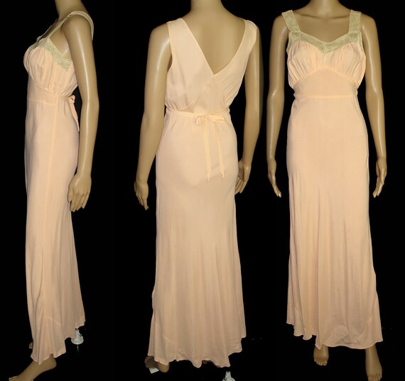Vintage 1930s Gown//30s Gown//Lace//Sensuous//193… - image 3