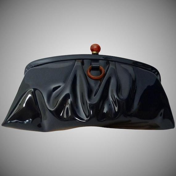 Vintage 1950s Clutch//Black//Bakelite Clasp//50s C
