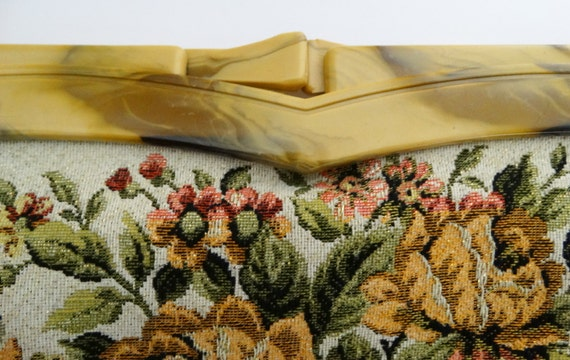 Vintage 1950s Purse//50s Purse//Tapestry with gol… - image 3