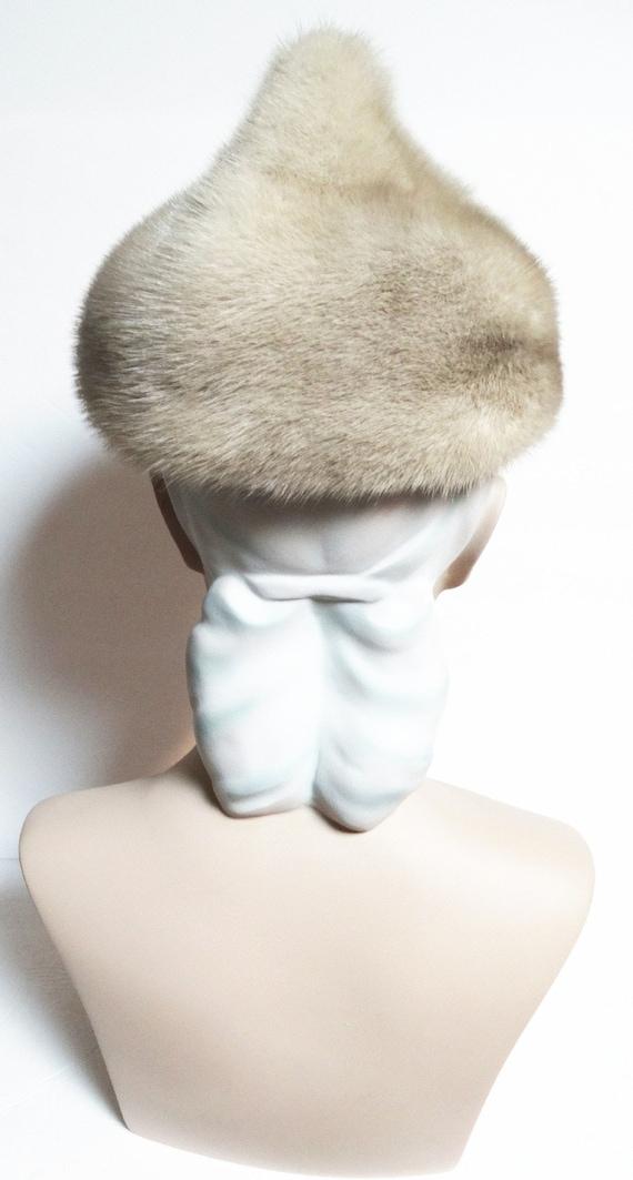 Vintage Mink Fur Hat / Taupe Color / 1960s Real F… - image 4