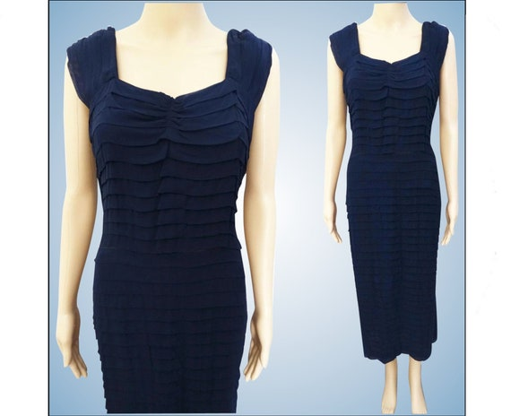 Vintage 1950s Dress//Hourglass//Navy Blue//Rayon//