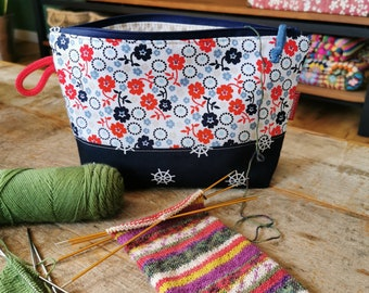 """Project bag """"Socks"""" small, Leukgemaakt, knitting project bag, gift for her, woman, birthday, Christmas present, blue red white, maritime sea"""