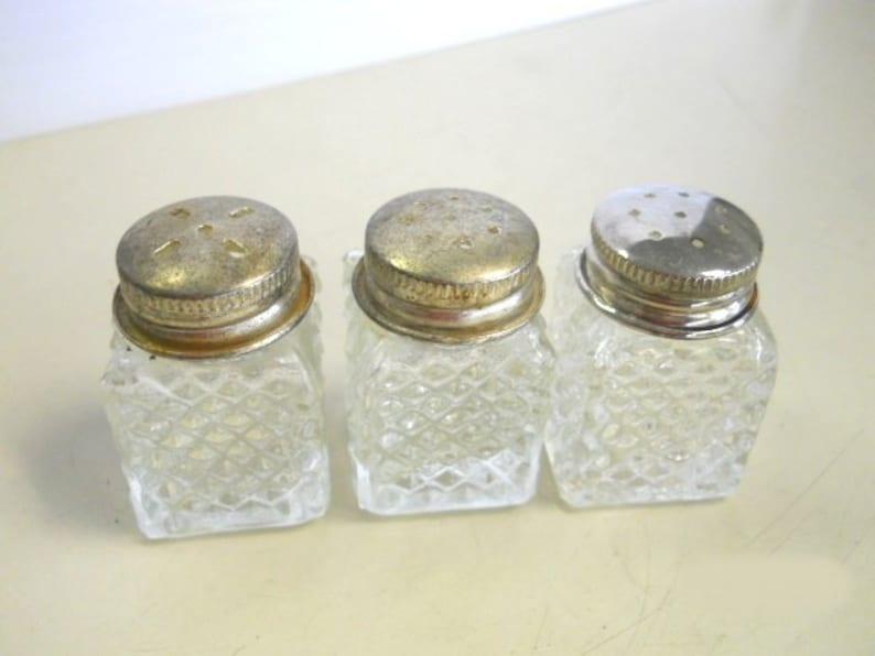 Vintage Mini Salt /& Pepper Shakers plus one