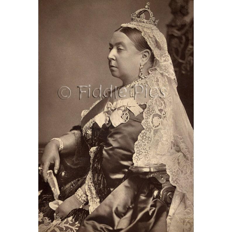 Diamond Jubilee Portrait of Queen Victoria   Королева
