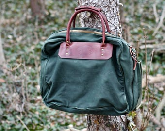 Beautiful leather and canvas battenkill luggage / haversack / camp / briefcase / laptop / tote bag - 1980s era - Made in the USA by Orvis