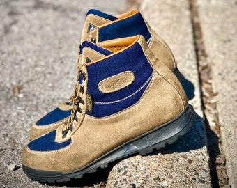 c2077f80698 Amazing vintage Vasque Sundowner Skywalk Hiking Boots Made in | Etsy