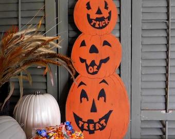 Retro Pumpkin Stack Halloween Decor Jack-O-Lantern Decor Retro Trick or Treat Vintage Halloween Decoration Outdoor Decoration