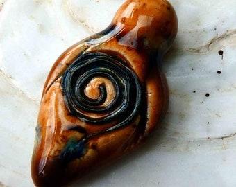 Ceramic Goddess Pendant - Oriental Caramel
