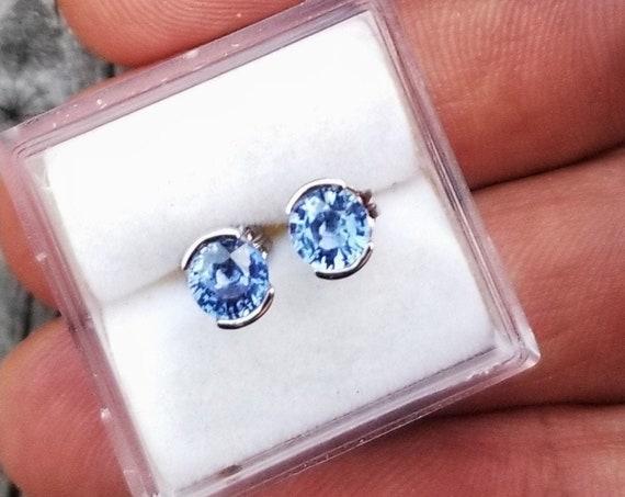 Earrings 14k White Gold Blue Sapphire