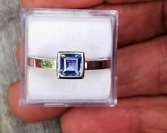14k White Gold Blue Sapphire Bezel Set