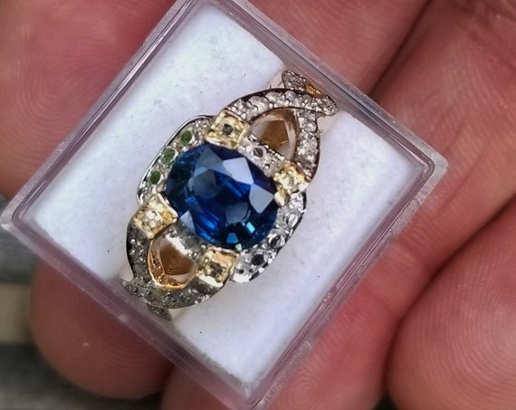 14k Yellow Gold Vintage Blue Sapphire Ring