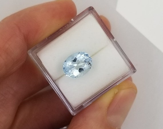 Aquamarine 9.3 x 7.4mm Oval Precision Cut March Birthstone