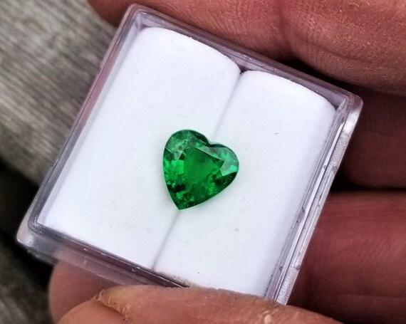 Heart Shape 1.55 Cts Tsavorite Garnet for Pendant