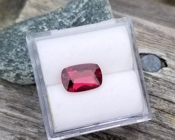 Ceylon Cherry Red Spinel 9.4x6.3mm Precision Cut