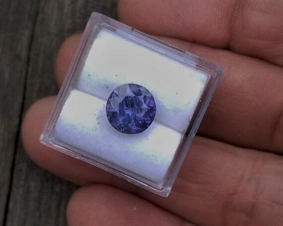 Ceylon Violet Sapphire 3.02 cts Round Shape 8.6mm