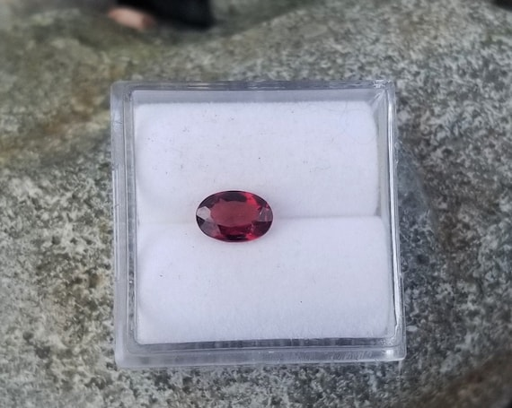 Loose Natural Red Ruby 6.8x3.9 mm Oval July Birthstone