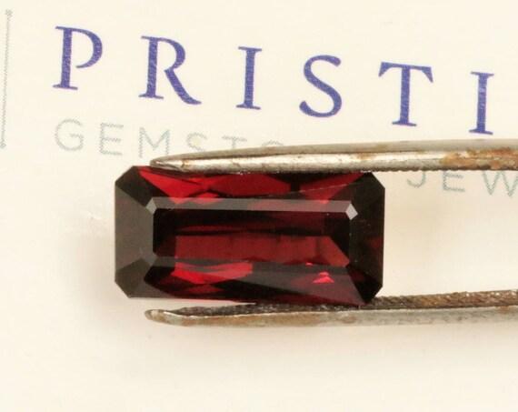 Red Garnet 8.30cts Emerald Cut