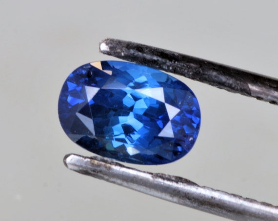 Color Change Blue Sapphire 1.84cts Oval