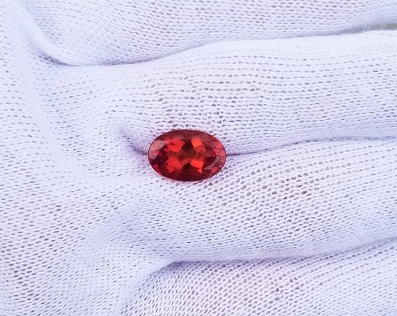 Oval Red Andesine 4.19cts