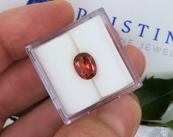 Apricot Color Spinel 1.09cts Oval