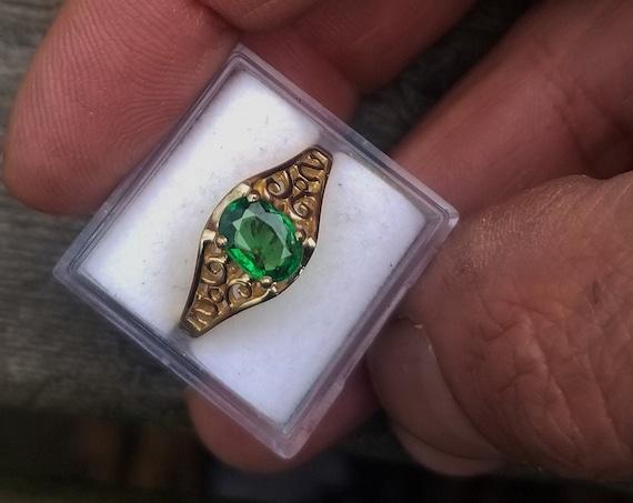 Green Garnet 14K Yellow Gold Filigree Ring