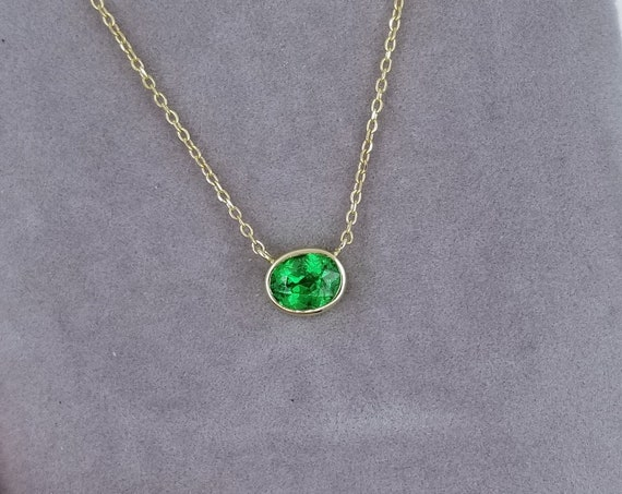 Tsavorite Garnet Layering Necklace.  Dainty Garnet Gold Necklace