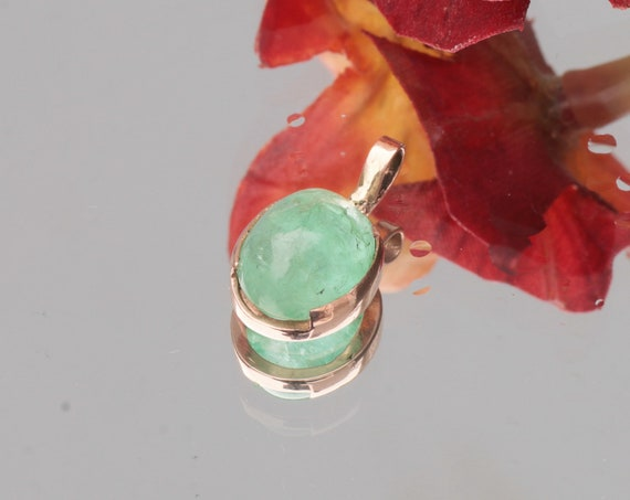 Emerald Cabochon Pendant in 14k Rose Gold with 2.42 Natural Emerald