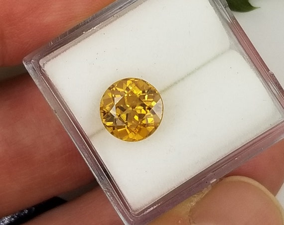 Natural Honey Gold Zircon 2.87cts Portuguese Cut